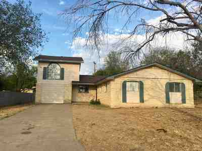 Laredo Single Family Home For Sale: 3 Candlewood Rd