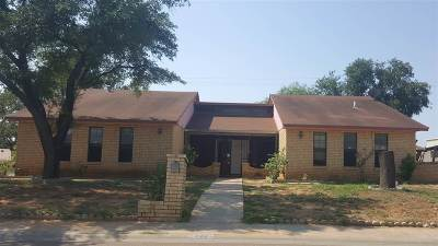 Laredo TX Rental For Rent: $1,400
