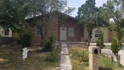 Laredo TX Single Family Home For Sale: $129,900