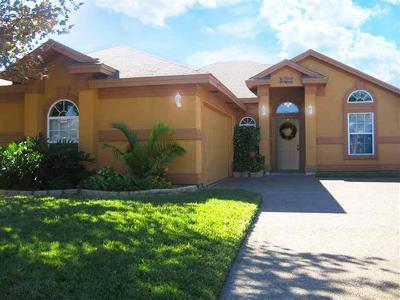 Laredo Single Family Home For Sale: 1111 Sapphire St