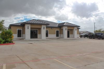 Laredo TX Commercial Lease For Lease: $6,624
