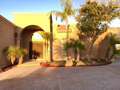 Laredo Single Family Home For Sale: 3841 Winrock Dr