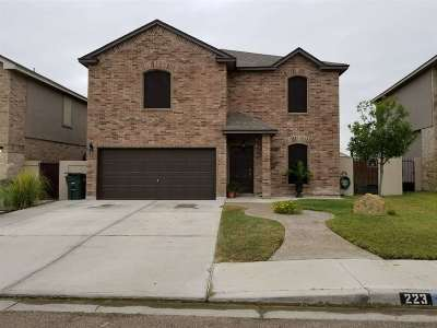 Laredo Single Family Home For Sale: 223 Washingtonia Dr