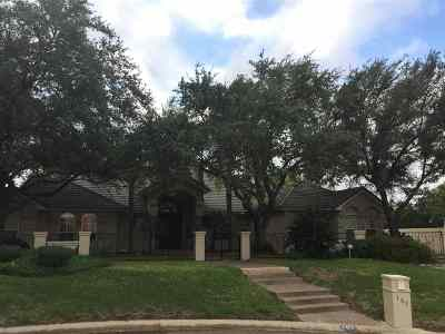 Laredo Single Family Home For Sale: 101 Devonshire Ct