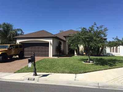Laredo Single Family Home For Sale: 958 Lauren Lane
