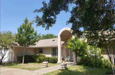 Laredo TX Single Family Home For Sale: $263,000