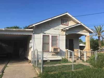 Laredo Single Family Home Option-Show: 1012 Willow St