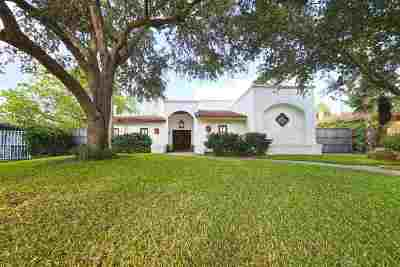 Laredo Single Family Home For Sale: 335 Regal Dr