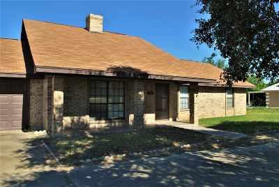 Zapata Single Family Home For Sale: 134 Cerrito Dr
