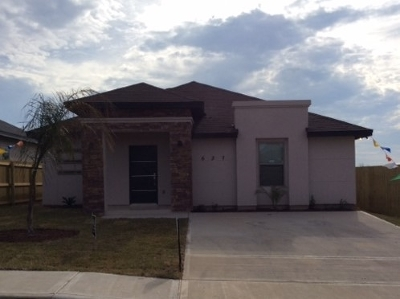 Laredo TX Single Family Home For Sale: $134,000