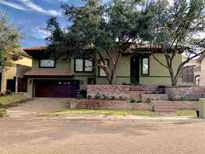 Laredo Single Family Home Extended: 215 St Julien Dr