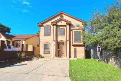 Laredo Single Family Home For Sale: 3120 Medio Ct