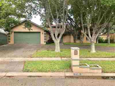 Laredo Single Family Home For Sale: 710 Merlin Rd