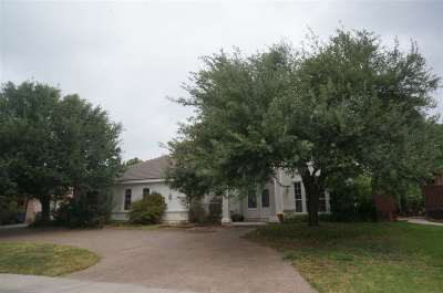 Laredo TX Single Family Home For Sale: $425,000