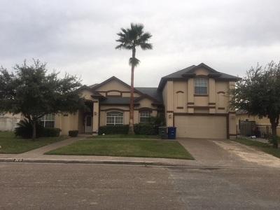 Laredo Single Family Home For Sale: 3615 Josefina Dr