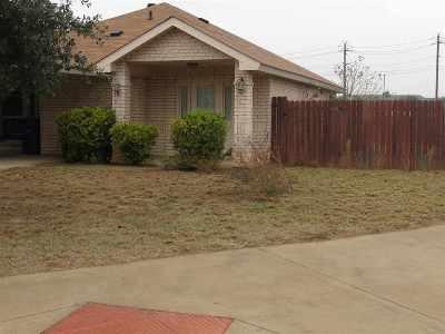 Laredo TX Single Family Home For Sale: $138,000
