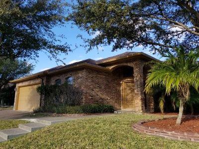 Laredo TX Single Family Home For Sale: $251,000