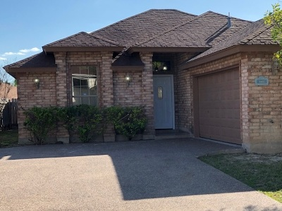 Laredo Single Family Home For Sale: 1101 Diamond Dr