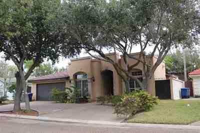Laredo Single Family Home For Sale: 8511 Callow Ct