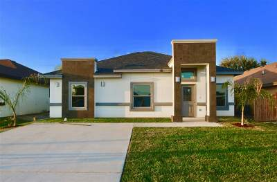 Laredo Single Family Home For Sale: 116 Alfonso Ornelas Rd