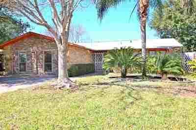 Laredo Single Family Home Back On Market: 5704 Gallagher Ave