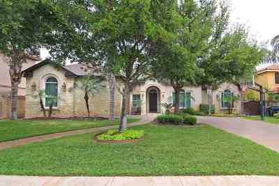Laredo Single Family Home For Sale: 3021 Robert Frost Dr