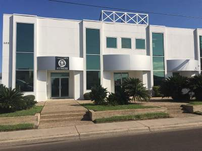 Laredo TX Commercial Lease For Lease: $800