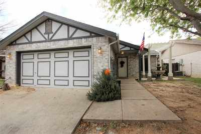 Laredo TX Single Family Home For Sale: $184,900