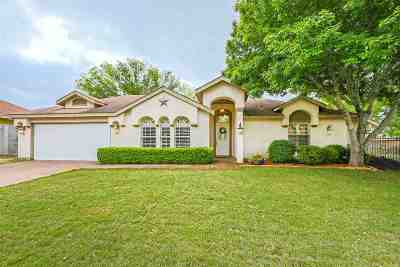 Laredo TX Single Family Home For Sale: $194,500