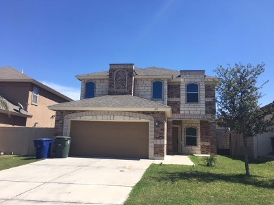 Laredo Single Family Home For Sale: 105 Cocos Dr