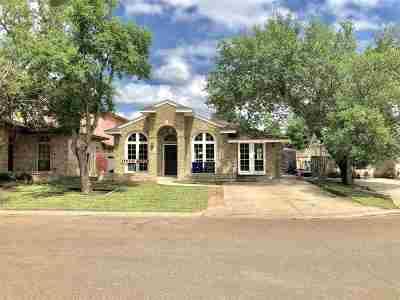 Laredo TX Single Family Home For Sale: $138,550