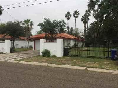 Laredo Single Family Home For Sale: 2204 E Guerrero St