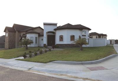 Laredo Single Family Home For Sale: 148 Pacifico Dr