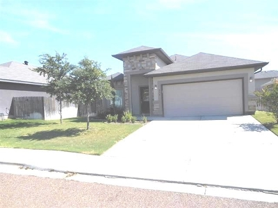 Laredo Single Family Home For Sale: 614 Crackle Grove Dr
