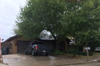 Single Family Home For Sale: 3413 E Fiesta Lp