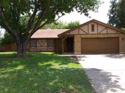 Laredo TX Single Family Home For Sale: $168,990