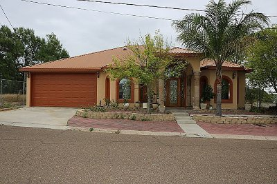 Zapata County Single Family Home For Sale: 151 Madison St