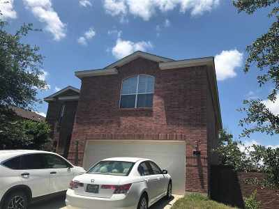 Laredo Single Family Home For Sale: 110 Parula Place Ct