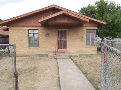 Laredo TX Single Family Home For Sale: $85,000