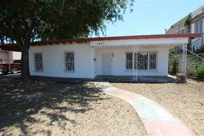 Laredo TX Single Family Home For Sale: $109,900