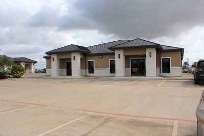 Laredo TX Commercial Lease For Lease: $3,864