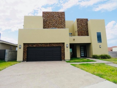 Laredo Single Family Home For Sale: 2324 Palos Lp