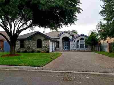 Laredo Single Family Home For Sale: 605 Forest Lp