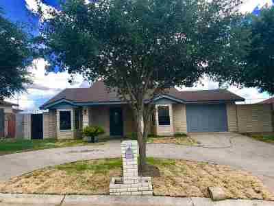 Laredo Single Family Home For Sale: 3005 Trinity Plaza Ct