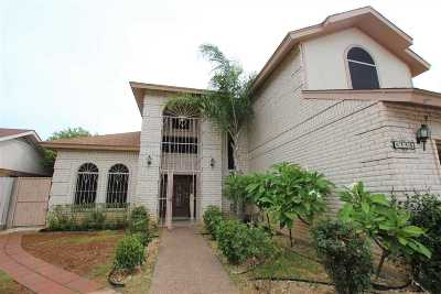 Laredo Single Family Home For Sale: 8746 Puerto Belo