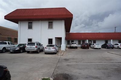 Laredo TX Commercial Lease For Lease: $650
