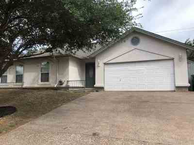 Laredo Single Family Home For Sale: 1209 Whisper Hill Dr