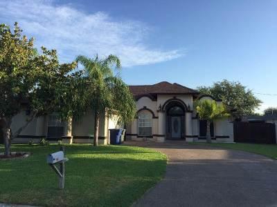 Laredo Single Family Home For Sale: 204 Marigold Cir