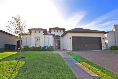 Laredo Single Family Home For Sale: 6304 Sahar Ct.