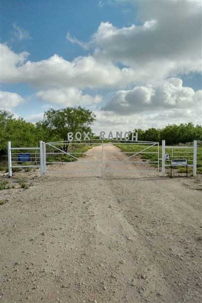 Laredo Residential Lots & Land Active-Exclusive Agency: 1000 U.s. Hwy 359